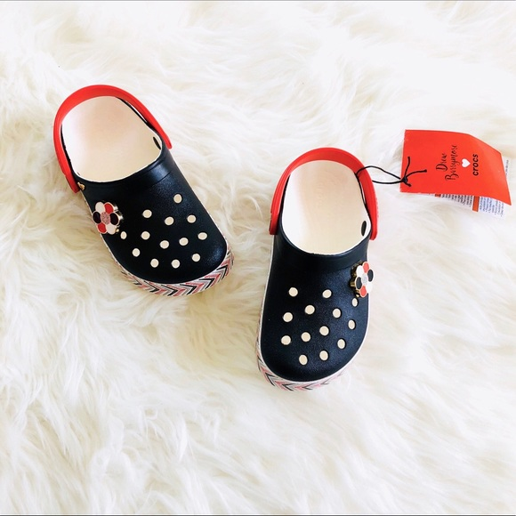 a47225599dd3 NWT Crocs Drew Barrymore Collection Clogs